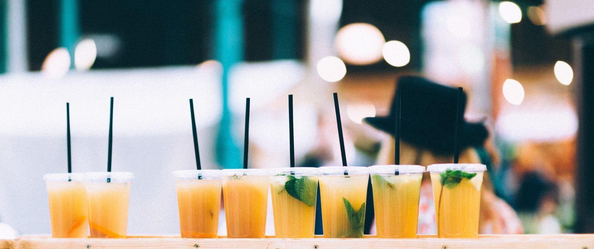 verschiedene alkoholfreie Drinks